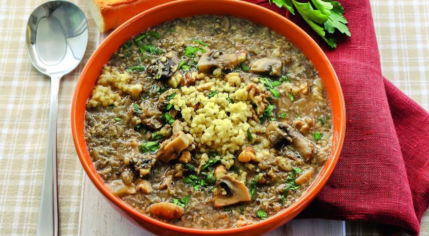 Рецепт Грибной суп с пшеном и грецкими орехами