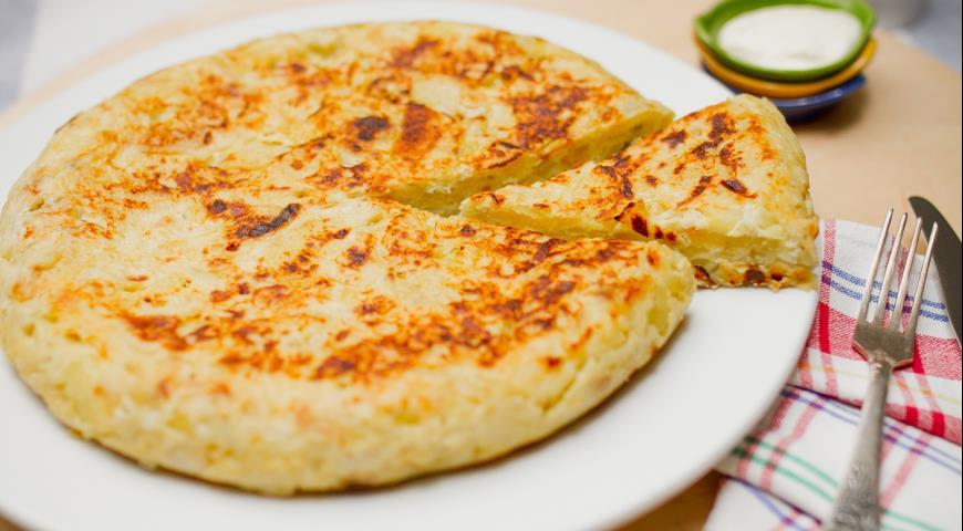 Рецепт Тортилья де пататас испанский картофельно-луковый омлет