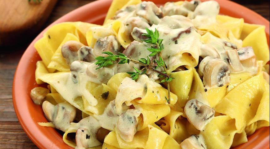 Рецепт Паппарделле с грибами в сливочном соусе