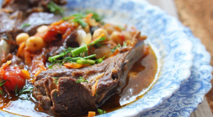 Рецепт Марокканское рагу из баранины и нута с овощами
