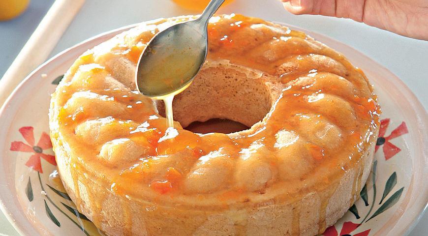 Рецепт Пудинг из хурмы с абрикосовой глазурью