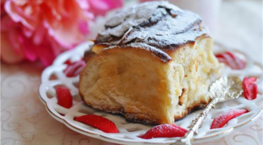 Рецепт Весенние булочки с марципаном