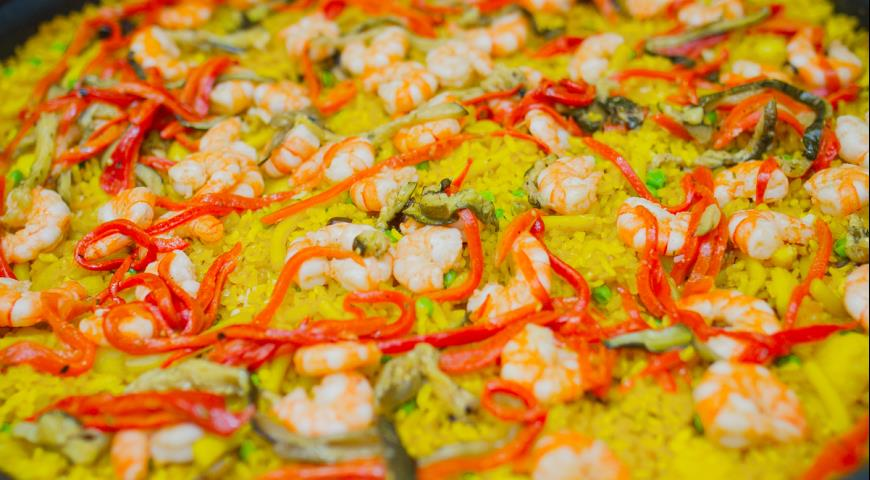 Рецепт Классическая паэлья с морепродуктами