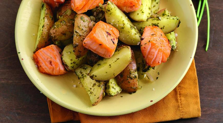 Салаты с лососем и картофелем рецепт