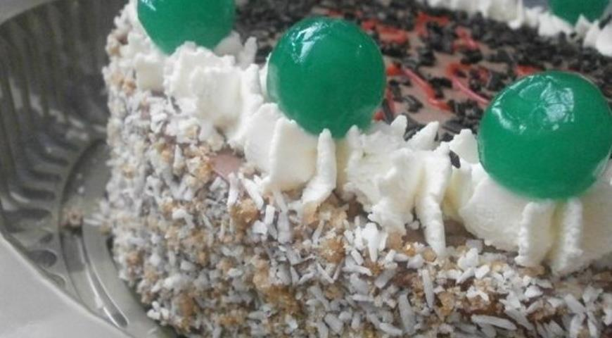 Рецепт Бисквитный торт с шоколадные кремом