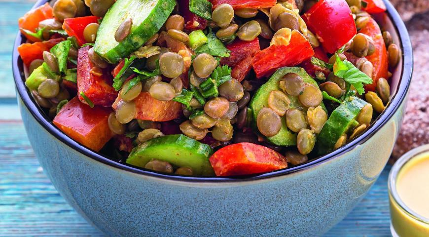 Рецепт Салат из чечевицы с кокосовой заправкой