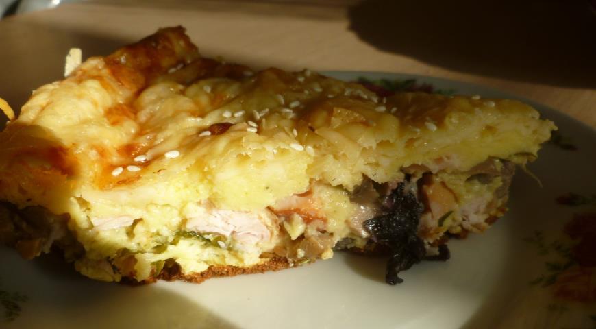 Рецепт Пирог-сметанник с копченой курицей, грибами и зеленью