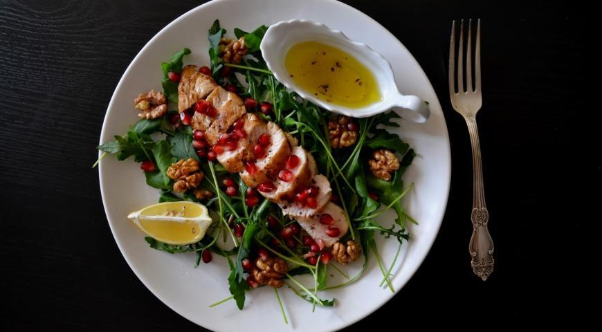 салат с куриной грудкой гранат фото рецепт