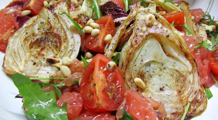 Рецепт Салат с жареным фенхелем и грейпфрутом