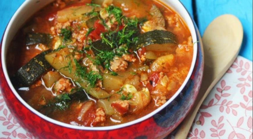 Рецепт Рагу из цуккини и куриного фарша в прованском стиле