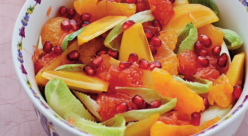 Рецепт Зимний фруктовый салат с медово-горчичным соусом