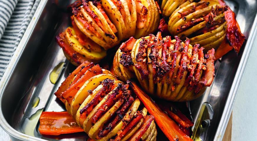 Рецепт Печенные с салом картофель и морковь