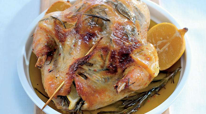 Рецепт Запеченная курица с лимоном и травами