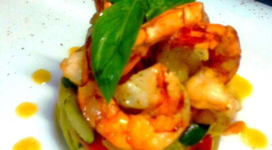 Рецепт Тигровые креветки с овощами на пару в грейпфрутовом соусе
