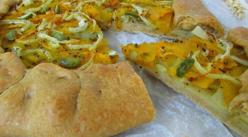 Рецепт Пряная галета с картофелем, тыквой и луком