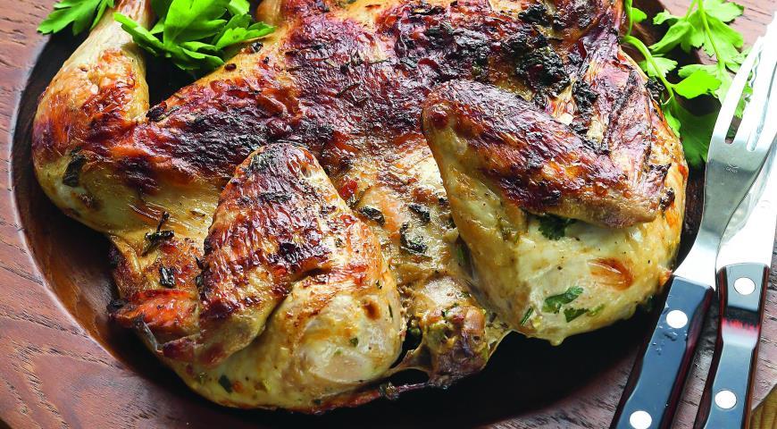 Рецепт Жаренный на углях цыпленок