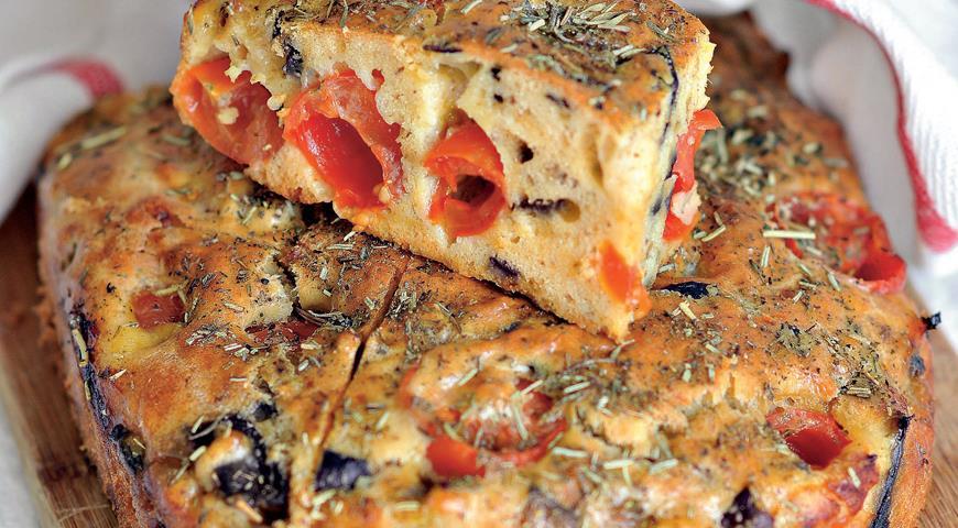 Рецепт Закусочный кекс с баклажанами и помидорами