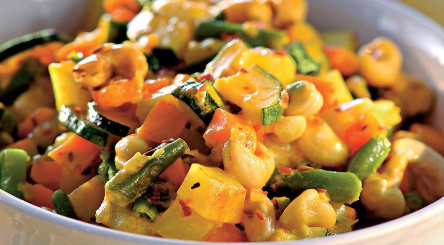 Рецепт Вегетарианское карри с орехами кешью