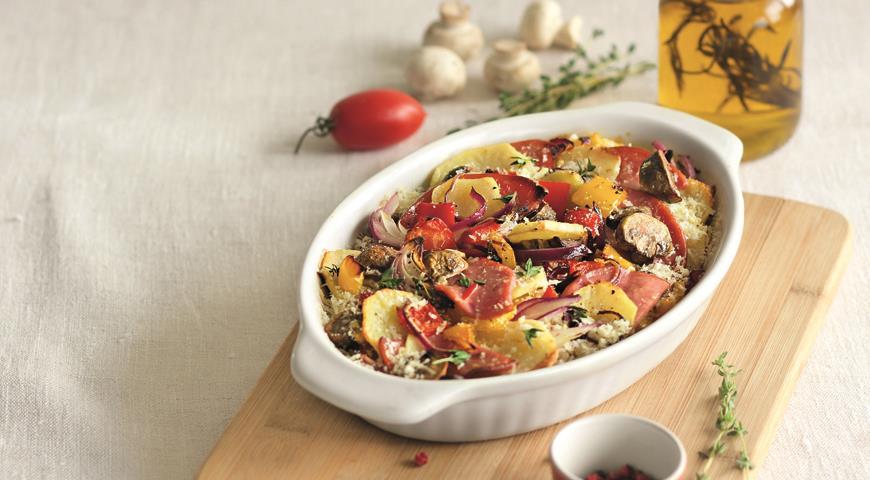 Рецепт Картофель, запеченный с колбасой, сладким перцем и сыром