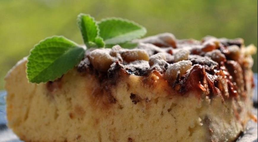 Рецепт Клубничный кекс с кедровыми орешками
