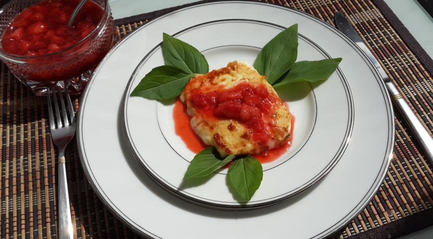 Рецепт Жареный сулугуни с клубничным соусом