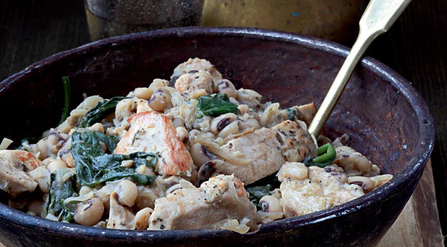 Рецепт Рагу из цесарки с фасолью и шпинатом