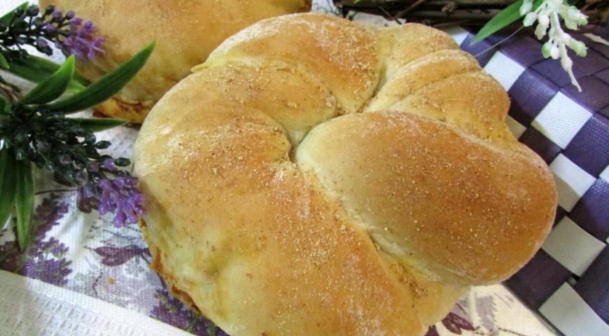 Рецепт Порционный хлеб с красным песто
