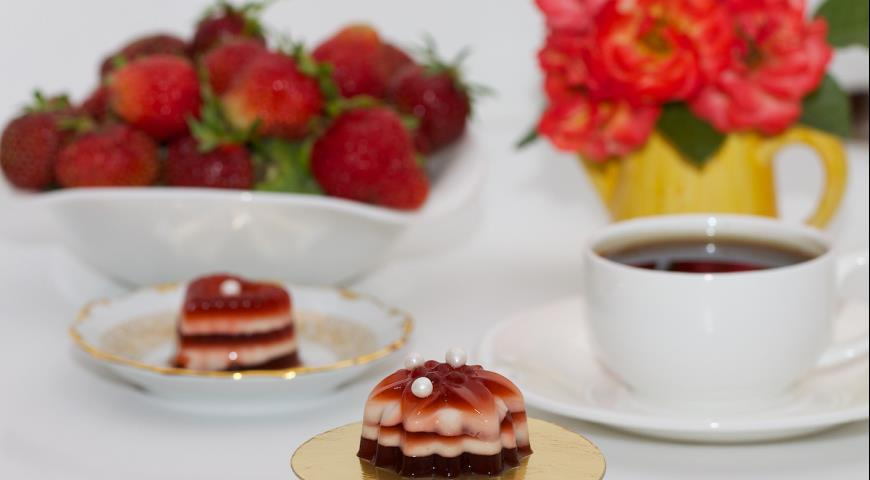 Рецепт Сливочный кофейно-клубничный десерт