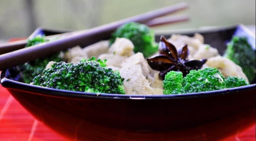 Рецепт Стирфрай из свинины и брокколи по-китайски