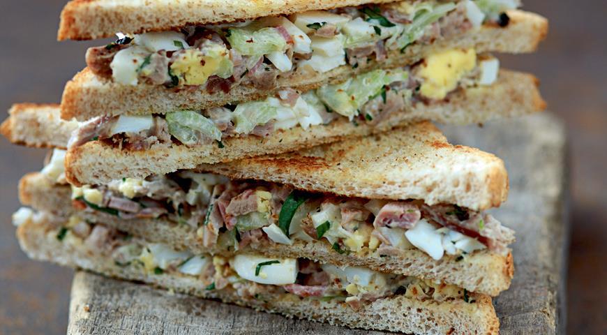 Рецепт Сэндвич с яичным салатом и цесаркой