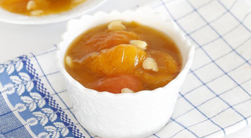 Рецепт Варенье из абрикосов с ядрышками