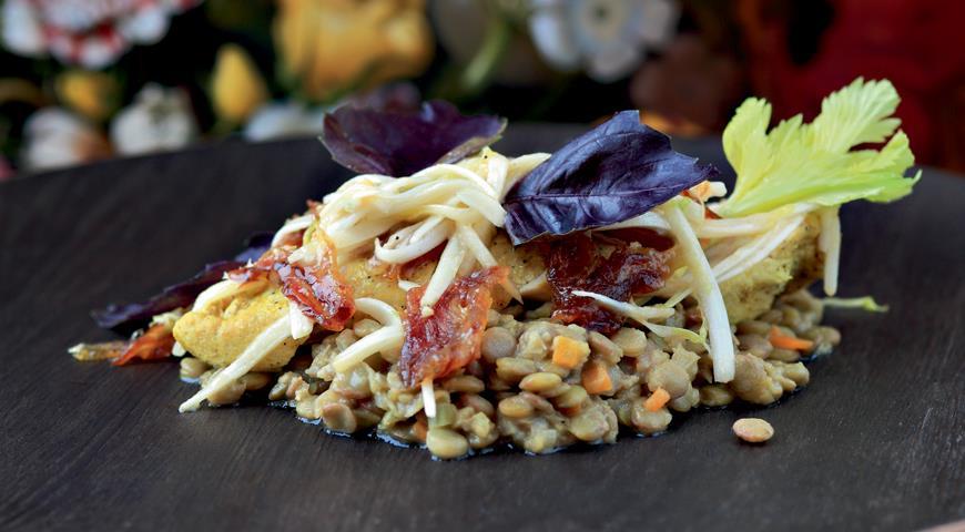 Рецепт Цесарка с чечевицей в соусе «винегрет»