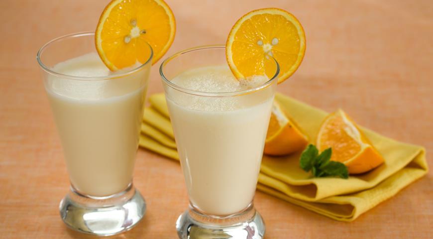 Рецепт Апельсиновый молочный коктейль