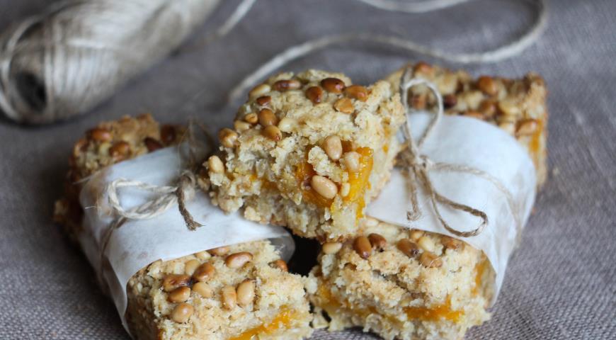 Рецепт Бары с манго и кедровыми орешками