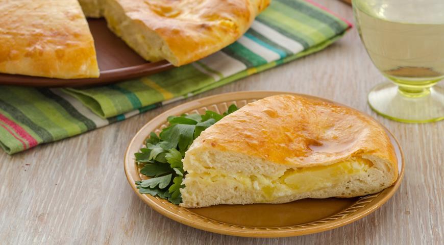 """Рецепт """"Картофджин"""" - осетинский пирог с картофелем"""