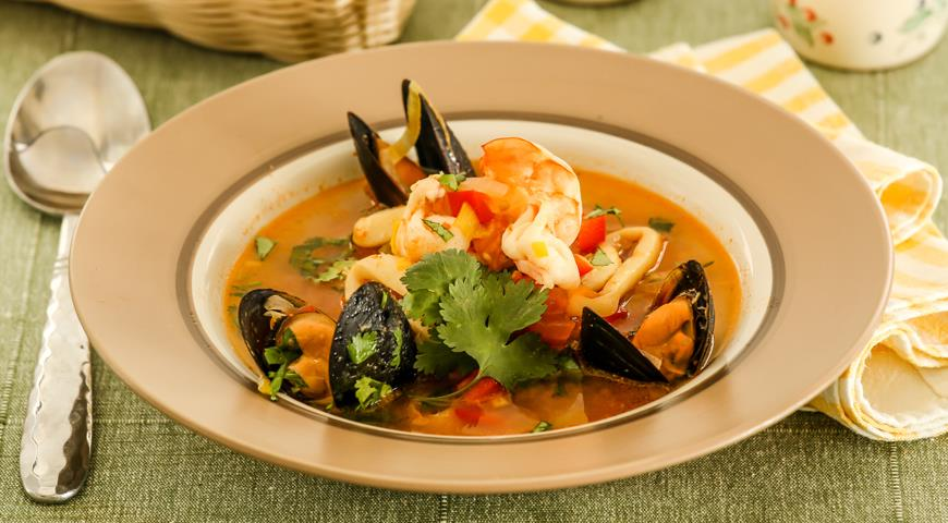 Рецепт Средиземноморская похлебка с морепродуктами