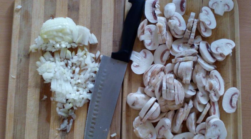 Сливочное ризотто с грибами. Шаг 1