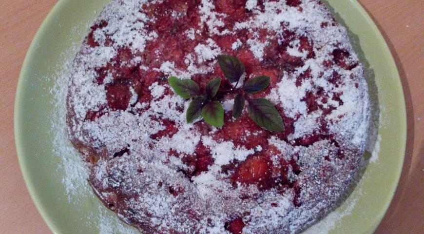 Рецепт Клубничный пай с базиликом и яблоками