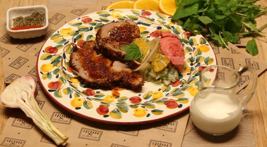 Рецепт Буженина с салатом из репы и апельсинов