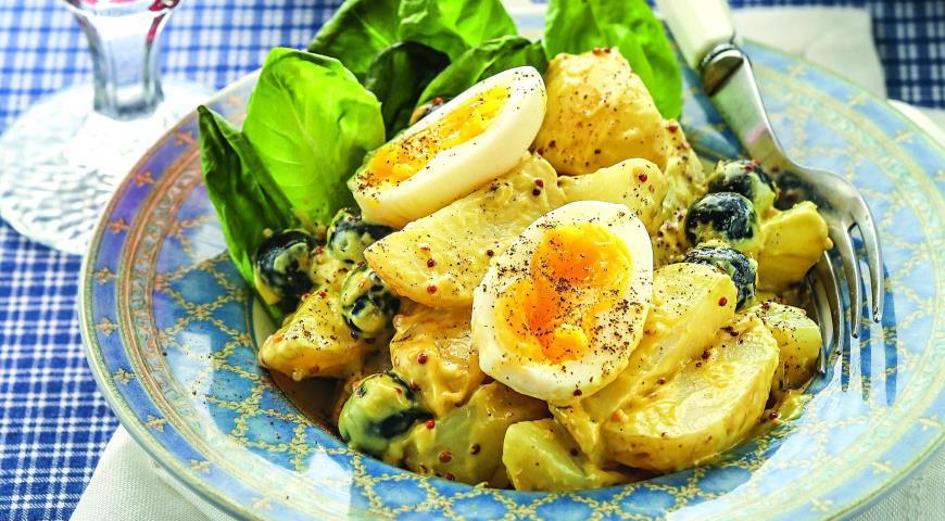 Рецепт Теплый салат с яйцами цесарки и печеным картофелем