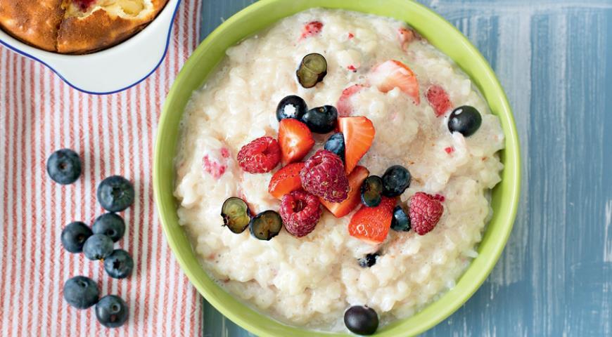 Рецепт Молочная каша с ягодами