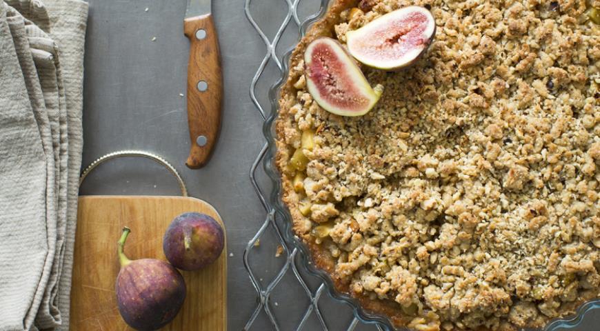 Рецепт Пирог с яблоками и инжиром