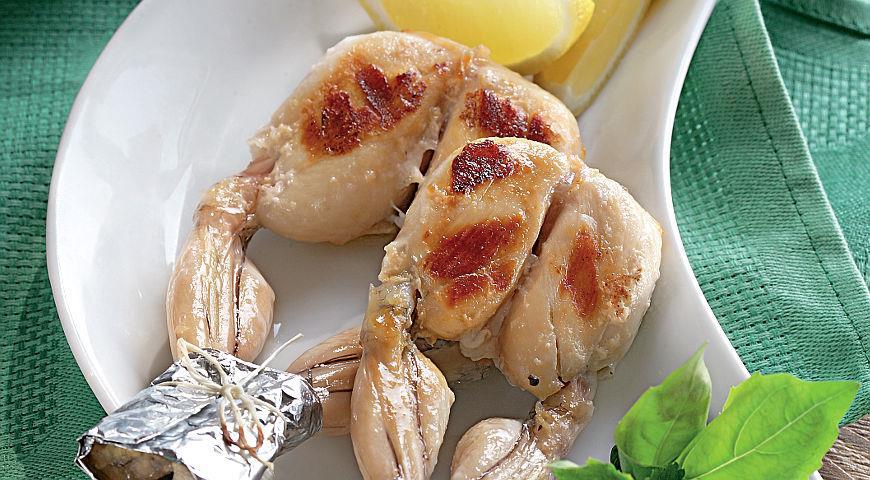 Рецепт Лягушачьи лапки-барбекю в пивном маринаде