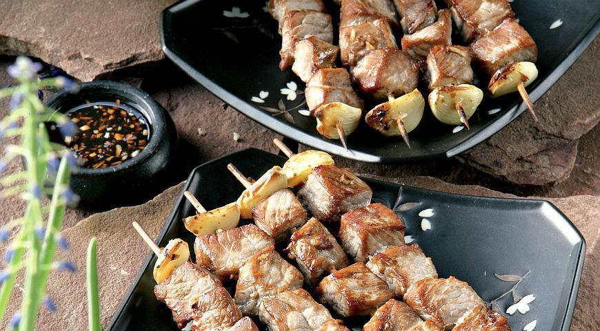 Рецепт Шашлычки из свинины в соевом маринаде