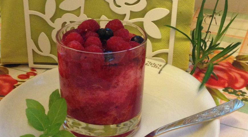 Рецепт Желейный десерт из красной смородины