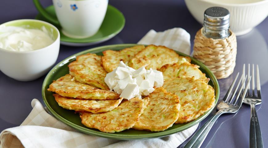 Рецепт Оладьи из кабачков с сыром фета
