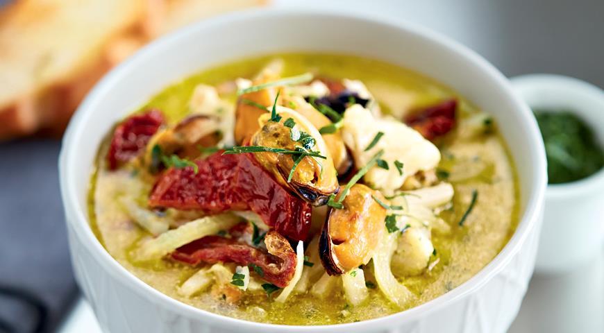 Рецепт Суп из мидий и морского языка с вяленными томатами