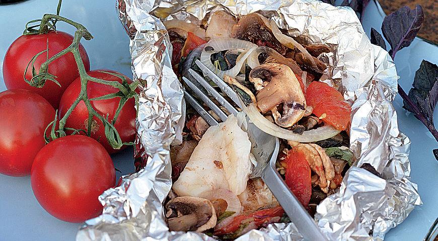 Рецепт Рыба с фаршем из шампиньонов в фольге