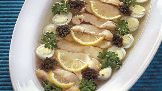 Рыбное заливное к новогоднему столу