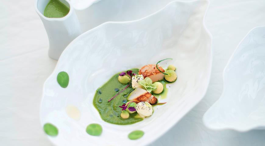 Рецепт Жидкий зеленый салат с морскими гребешками и авокадо от Владимира Мухина